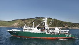 Equipamiento de cubierta y sistema hidráulico del Playa de Ris